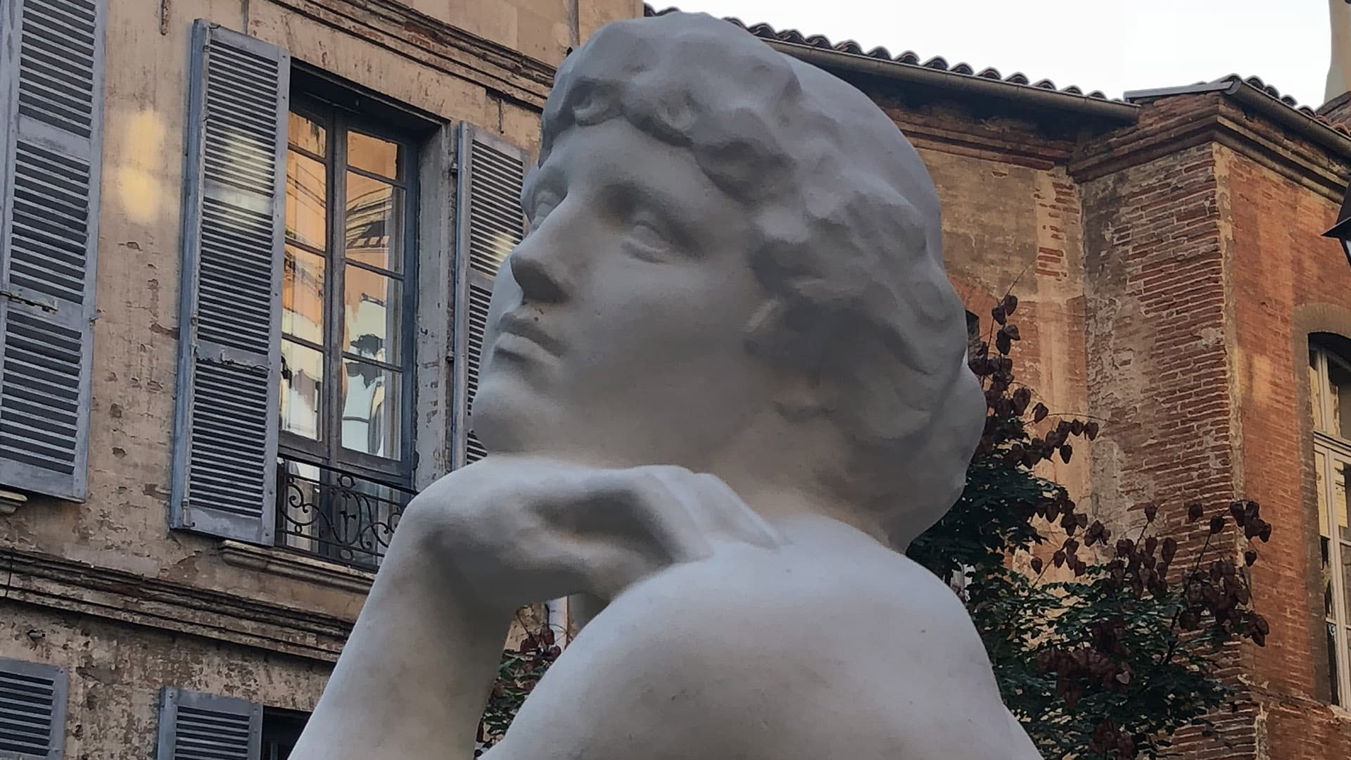 Digital restoration of a sculpture of José Clara